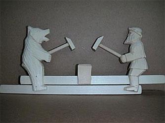 Богородская игрушка «Кузнецы»)