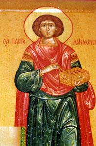 Мироточащая икона великомученика Пантелеимона
