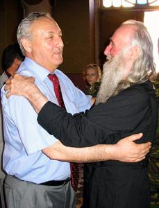 Президент Абхазии Сергей Багапш и отец Виссарион Аплиаа
