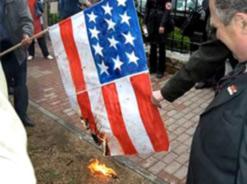 Самарские младоевразийцы сожгли флаг страны-хозяина НАТО – США